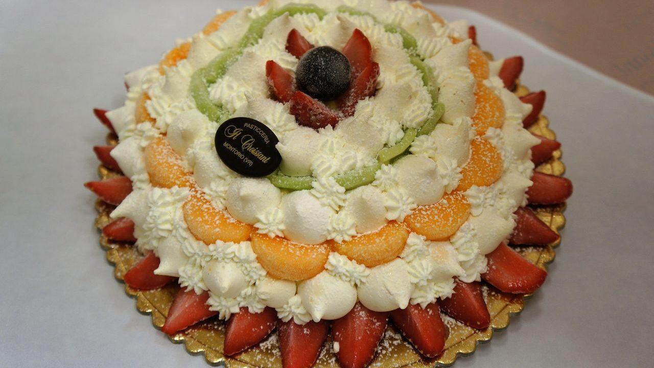 Produzione Torta Arcobaleno
