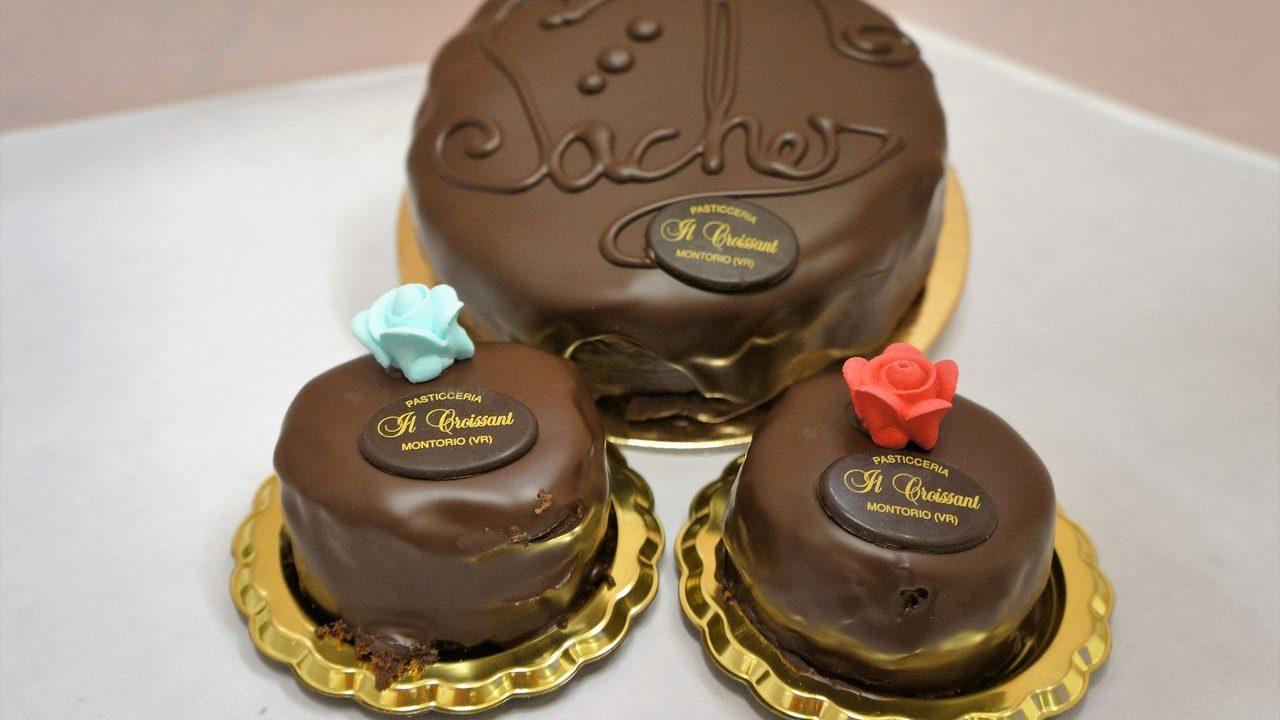 Produzione torta Sacher
